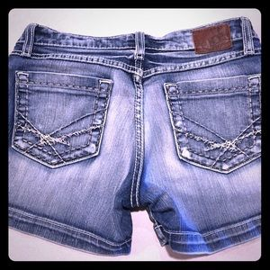 BKE shorts size 27